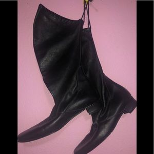 Davos Gomma Black Boots
